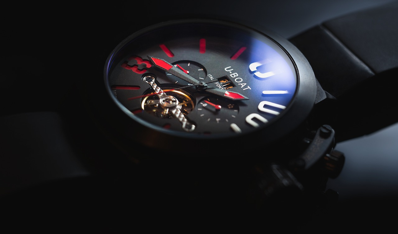 Как да разпознаем фалшивите часовници(реплики) ?