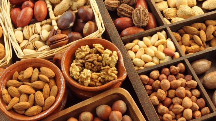 Защо трябва да ядете повече ядки и семена